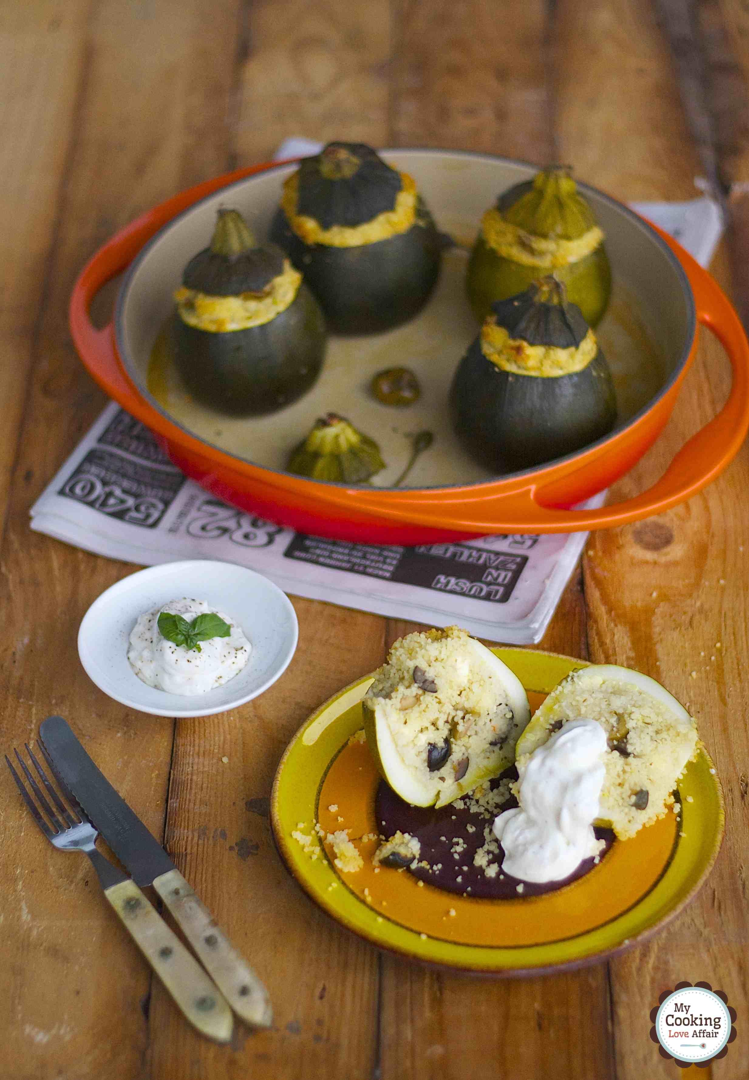 gefüllte Zucchini mit griechischem CousCous