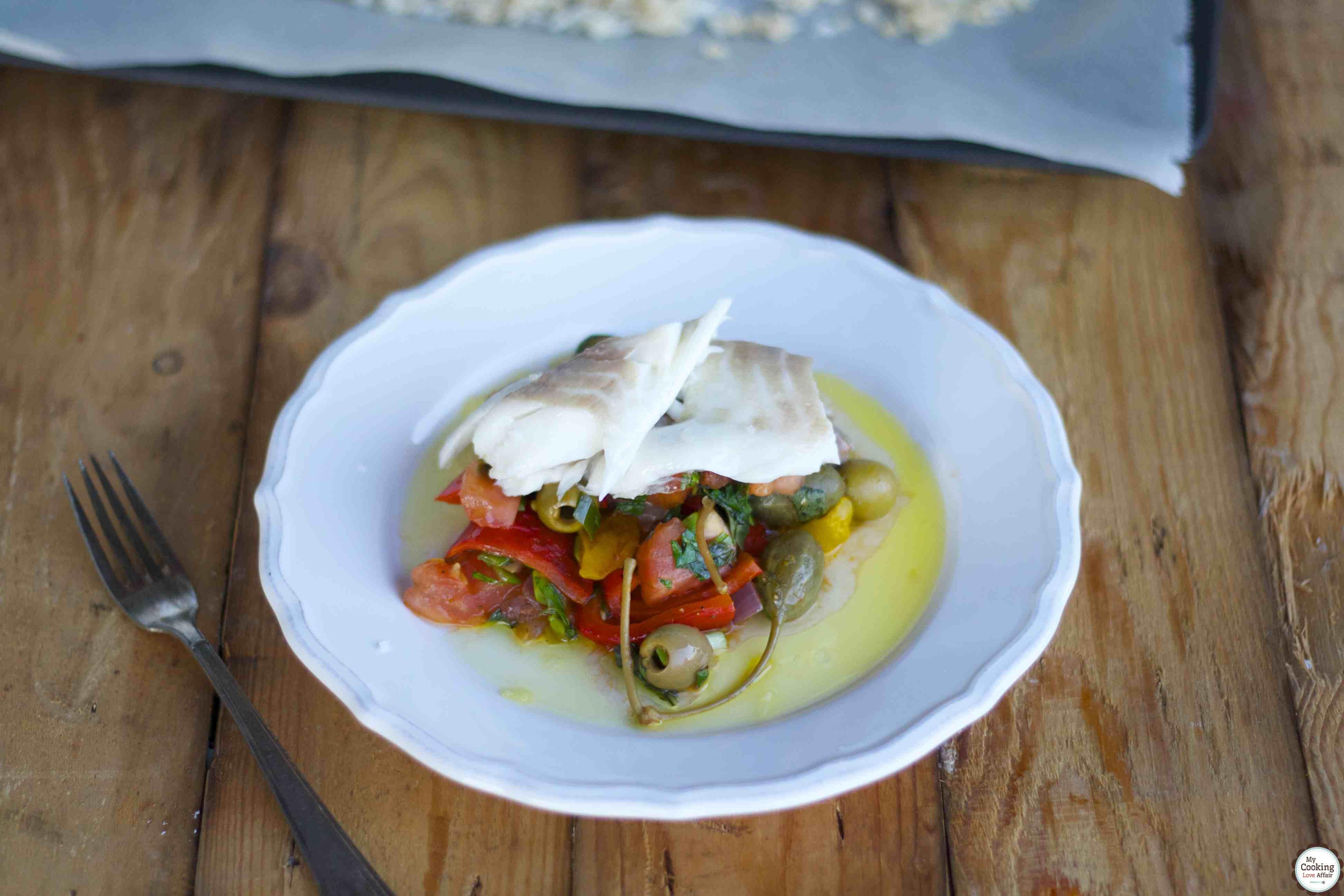 Dorade im Salzmantel mit Peperonata und Focaccia
