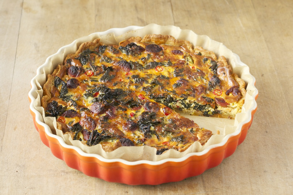 Palmkohl-Tarte mit Chorizo und Manchego