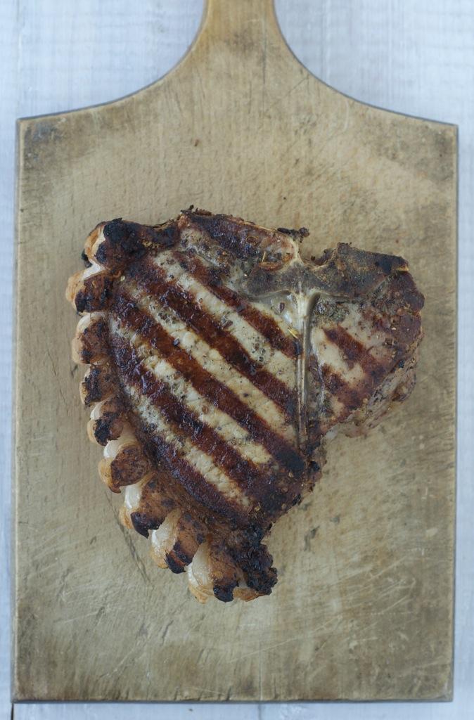 Asiatischer Spargel-Cole Slaw & T-Bone-Steak vom Schwäbisch-Hällischen Landschwein