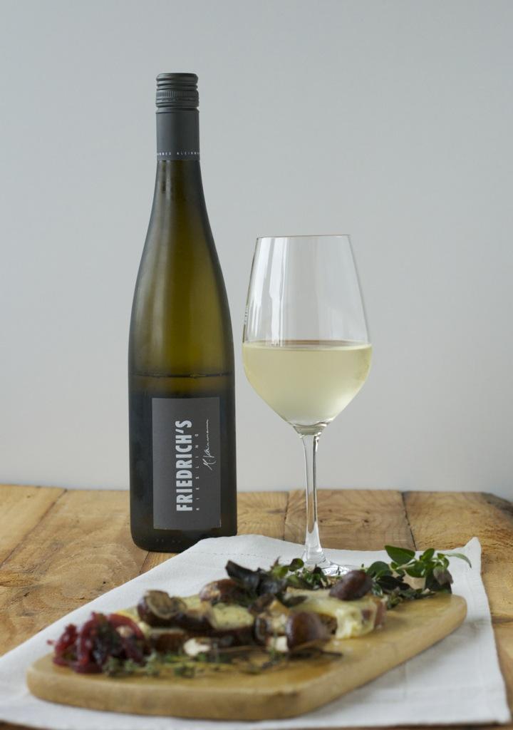 Crostini mit Gruyère und Champignons | Wein(Seligkeiten) 2013er FRIEDRICH'S Riesling Birkweiler Kastanienbusch