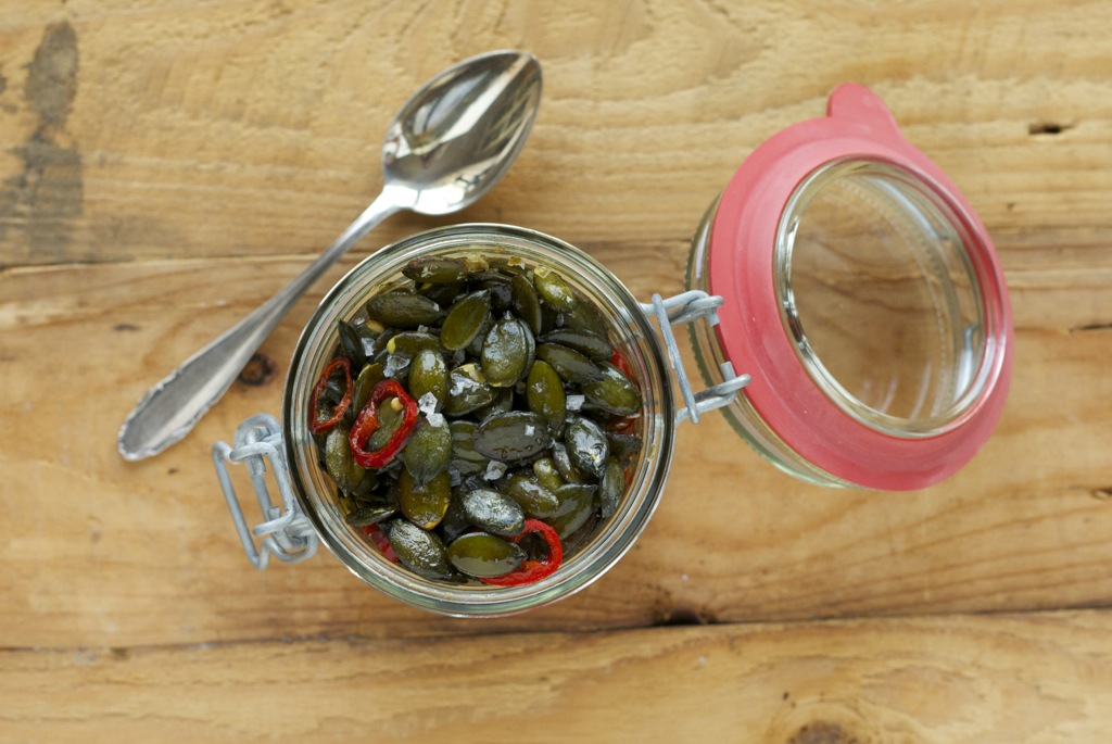 Kürbiscremesuppe mit crunchy Kürbiskern-Einlage