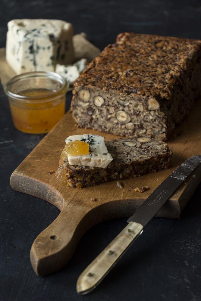 Food-Love-Wine-Kochbuch-Nussbrot-ohne-mehl