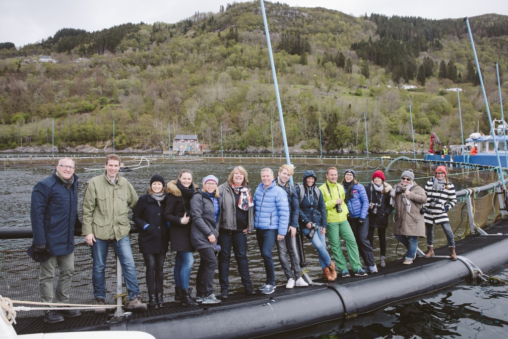 Aquakultur-auf-dem-meer-norwegen-unsere-reisegruppe