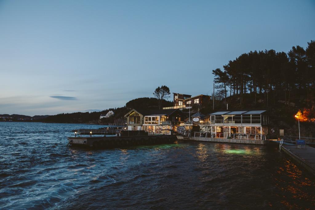 Cornelius-Fischrestaurant-Oyster-Dundee-Norwegen-romantische-bucht