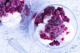 Milchreis-eis-mit-rotwein-granita-ein-sommerliches-dessert
