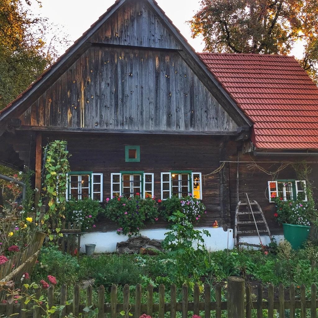 Steiermark-Buschenschank-Eckfastl