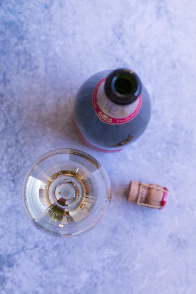Sautierte-Gambas-mit-Mango-Tatar-Champagner-Espuma-und-Erbsenconfit-8