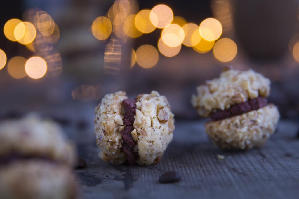 Walnusskekse-mit-Kaffee-Orangen-Ganache-und-eine-Geschenkidee-zu-Weihnachten-für-Kaffeeliebhaber_-11