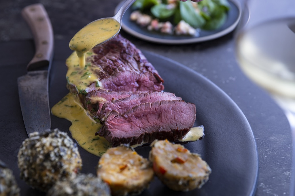 EAT-SMARTER-Charolais-Steakhüfte-Sauce-Bernaise