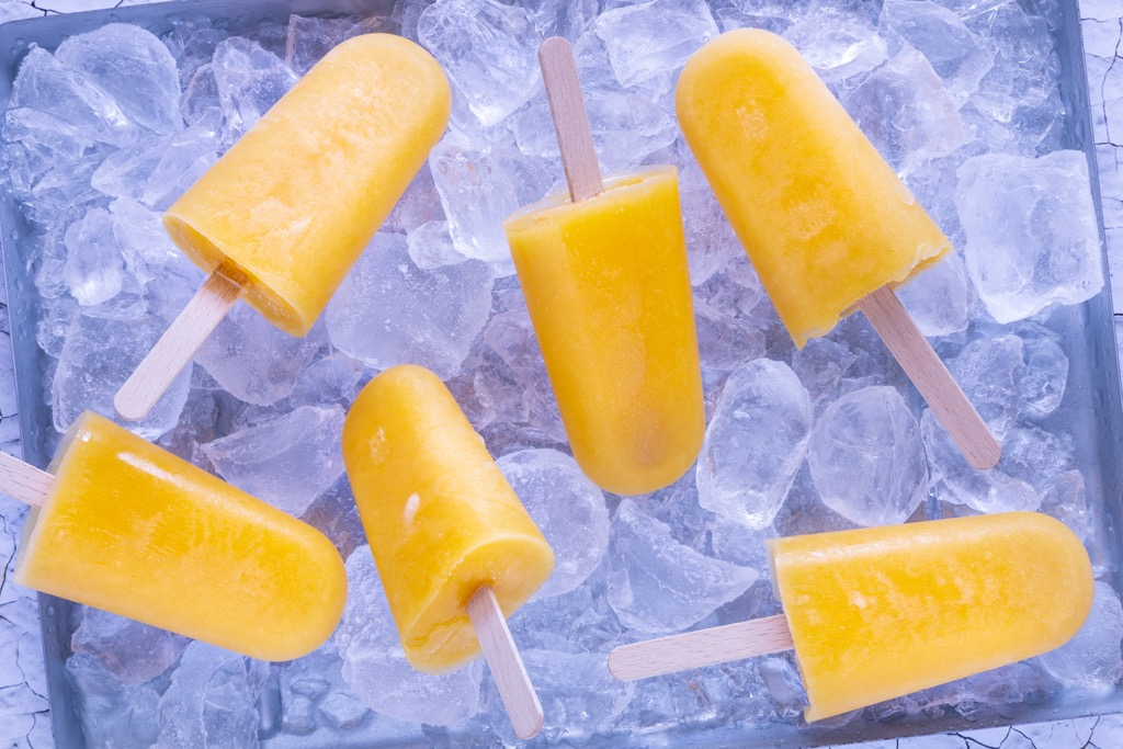Mango-Eis-am-Stiel