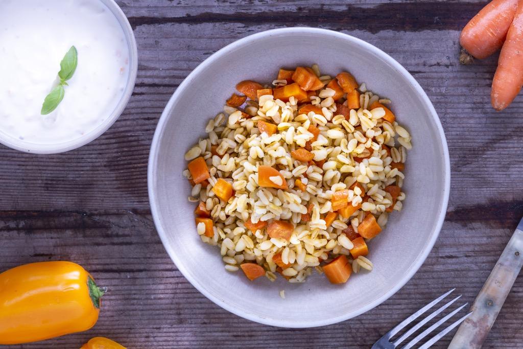 köstliche-Ebly-Möhren-Pfanne-mit-Paprikaquark